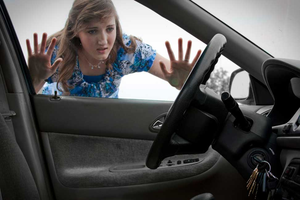 Tips To Avoid Locking Yourself Out Of Your Car