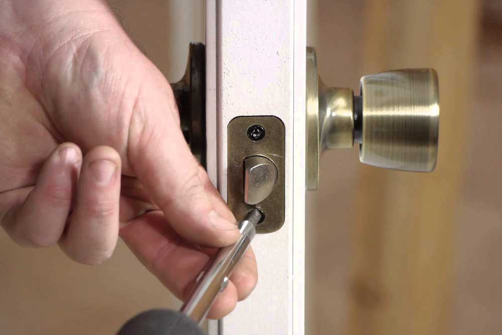 Is It Time to Change Your Locks? Here's How to Tell